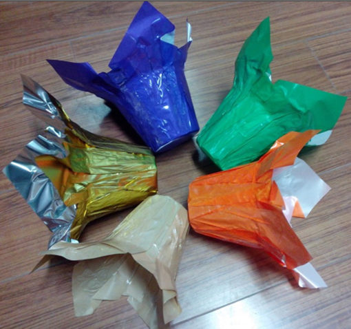 """Materials """"Metallized BOPP,pearlized BOPP,BOPP Laminated CPP,Kraft paper,Weave paper etc.,(Customized materials available)"""" Size: 4"""" , 4.5"""", 6"""" , 6.5"""",8'',10"""", Customized size available Colour: Silver,gold,yellow,blue,gree,orange,printed accordingly to customers' requirement. all pantone colors is ok! Printing spot 6 colours"""